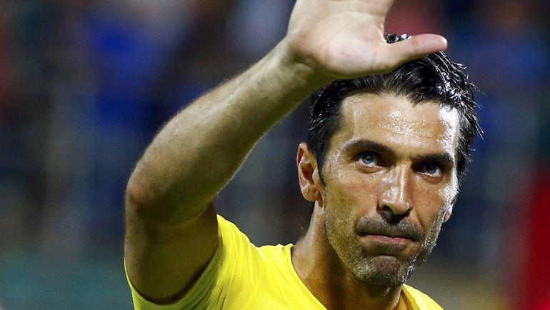 Голкипер сборной Италии Джанлуиджи БУФФОН снова едет на крупнейший международный турнир. Фото REUTERS