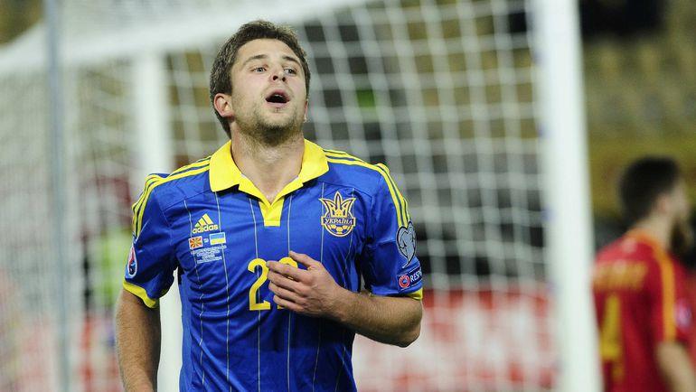 Артему КРАВЕЦУ и его партнерам по сборной Украины нужно побеждать Испанию, чтобы претендовать на прямой выход на Euro-2016. Фото REUTERS