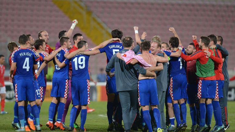 Вчера. Та-Кали. Мальта - Хорватия - 0:1. Хорваты празднуют выход на чемпионат Европы. Фото AFP
