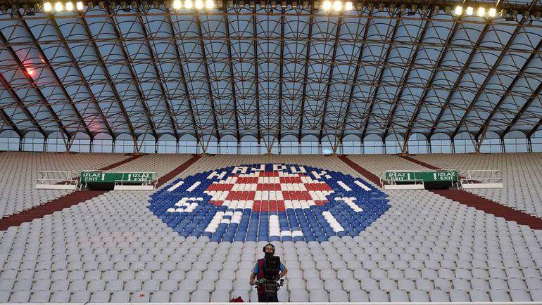 12 июня. Сплит. Хорватия - Италия - 1:1. Этот матч хорваты проводили дома при пустых трибунах. Фото AFP