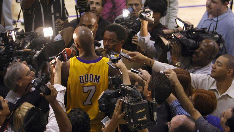 Журналисты всегда проявляли к Ламару ОДОМУ большое внимание. Фото REUTERS