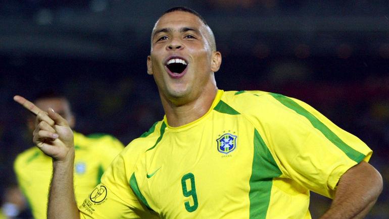 На чемпионате мира-2002 РОНАЛДО забил восемь голов в семи матчах. Фото REUTERS