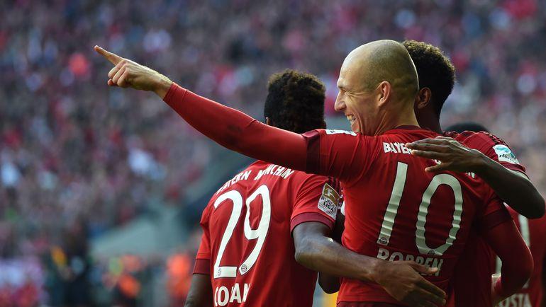 """Суббота. Мюнхен. """"Бавария"""" - """"Кельн"""" - 4:0. Арьен РОББЕН (№10) открыл счет на 35-й минуте. Фото AFP"""