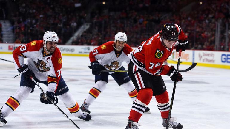 Восхождение новой звезды НХЛ Артемия ПАНАРИНА (№72) освещается пока в основном не телевизионными СМИ. Фото REUTERS