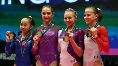 Спиридонова и Комова разделили золото ЧМ еще с двумя гимнастками