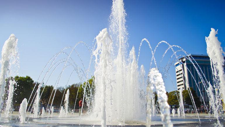 Поющий фонтан на Театральной Площади. Фото wikipedia.org
