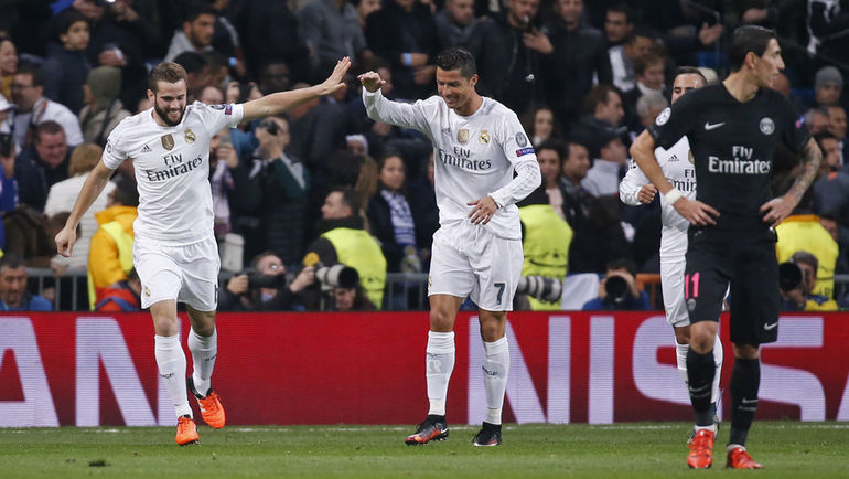 """Вторник. Мадрид. """"Реал"""" - """"ПСЖ"""" - 1:0. НАЧО (слева) празднует забитый им гол вместе с Криштиану РОНАЛДУ (второй слева). Фото REUTERS"""