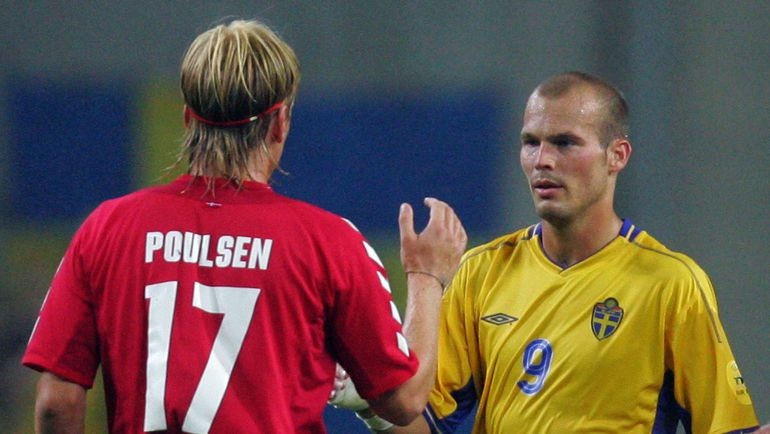 22 июня 2004 года. Порту. Дания – Швеция – 2:2. Знаменитая ничья, благодаря которой обе сборные вышли в 1/4 финала Euro-2004. Фото AFP