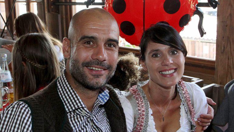 Пеп ГВАРДЬОЛА и его жена Кристина во время Октоберфеста. Фото REUTERS
