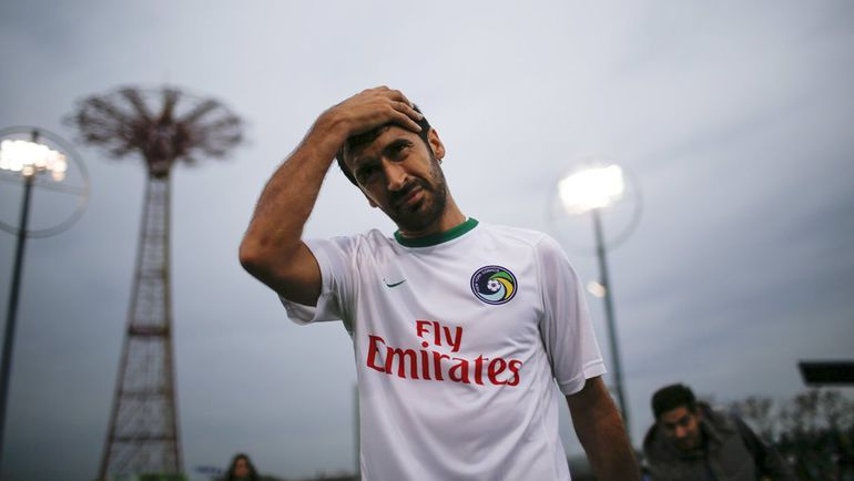 Легендарный испанский нападающий РАУЛЬ завершил свою карьеру. Фото REUTERS