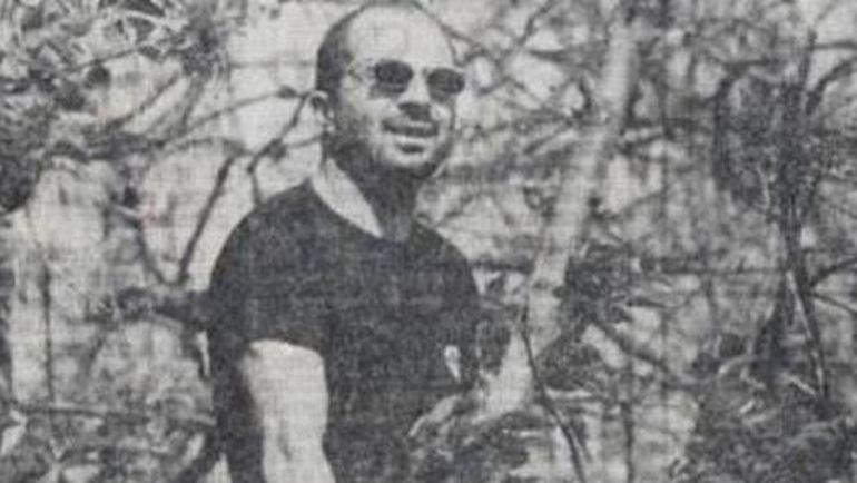 Та самая фотография Хорхе САМПАОЛИ на дереве.