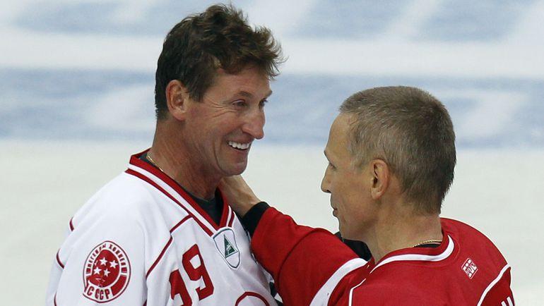 Уэйн ГРЕТЦКИ и Игорь ЛАРИОНОВ. Фото Reuters