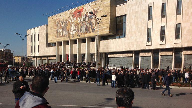 """Сегодня. Тирана. Демонстрация в албанской столице. Фото """"СЭ"""""""