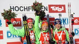 Сегодня. Хохфильцен. Победительницы спринта Марен ХАММЕРШМИДТ, Франциска ХИЛЬДЕБРАНД и Мириам ГЕССНЕР.