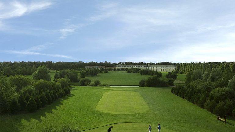 Поля для гольфа Dolce Chantilly. Фото dolcechantilly