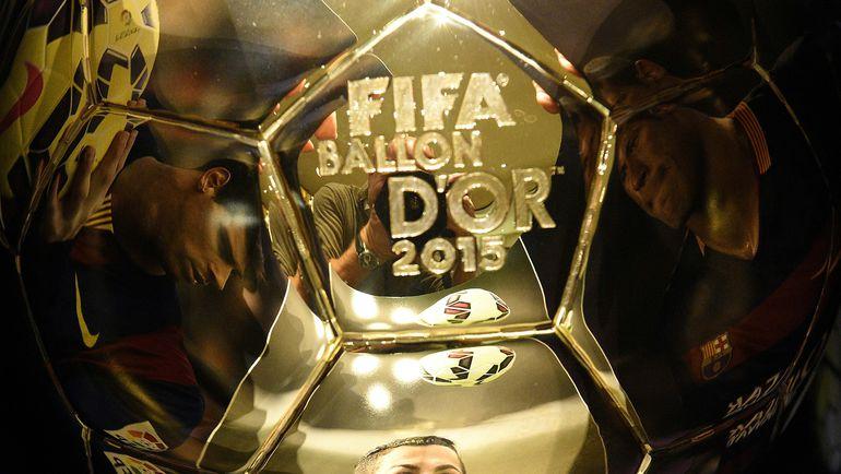 Букмекеры считают, что Золотой мяч-2015 достанется Лионелю Месси. Фото AFP