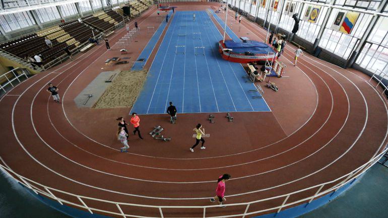 10 ноября. Москва. Атлеты тренируются в олимпийском центре имени братьев Знаменских. Фото Reuters