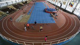 10 ноября. Москва. Атлеты тренируются в олимпийском центре имени братьев Знаменских.