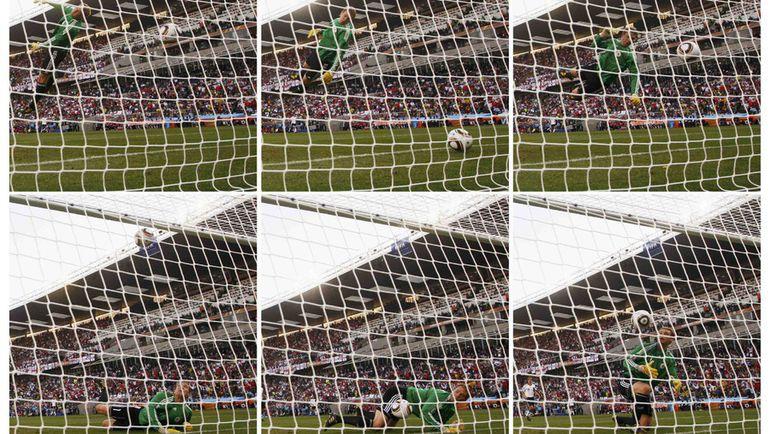 Незасчитанный гол Фрэнка Лэмпарда в матче 1/8 финала ЧМ-2010 Англия - Германия (1:4) в Блумфонтейне не дает покоя Фабио Капелло. Фото REUTERS