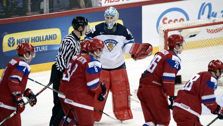 Сегодня. Хельсинки. Россия - Финляндия - 6:4. Пятая шайба в воротах Вейни ВЕХВИЛЯЙНЕНА. Фото AFP