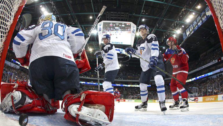 Сегодня. Хельсинки. Россия - Финляндия - 6:4. Только что Павел Красковский провел гол в большинстве - и счет снова стал равным. Фото AFP