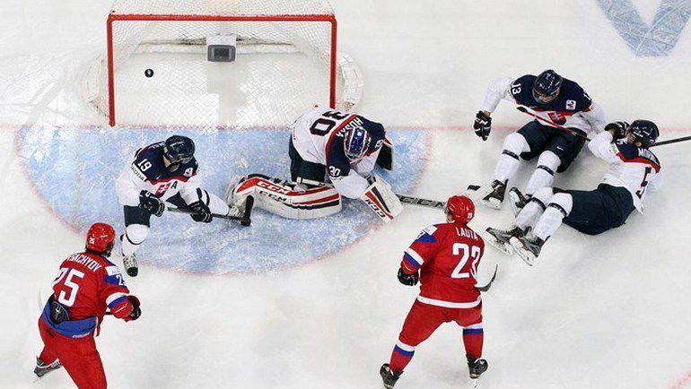 31 декабря. Хельсинки. Россия - Словакия - 2:1. Гол Артура ЛАУТЫ (№23). Фото IIHF