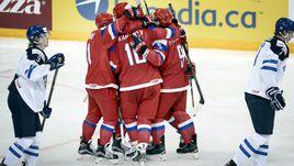 Понедельник. Хельсинки. Россия – Финляндия – 6:4. Игроки сборной России празднуют победу.