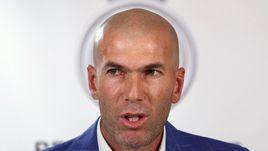 Понедельник. Мадрид. Зинедин ЗИДАН – новый главный тренер