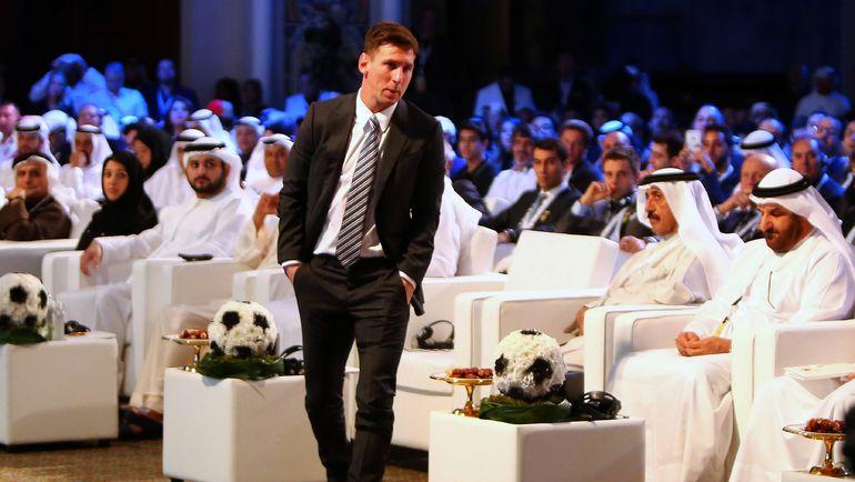Лионеля МЕССИ уже признали лучшим в 2015-м - в Дубае на церемонии Globe Soccer Awards Ceremony. Фото AFP