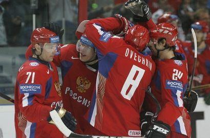 """На олимпийский сбор приглашены 38 хоккеистов Фото """"СЭ"""""""