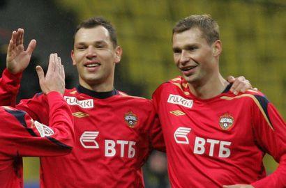 УЕФА заявил, что в крови Березуцкого и Игнашевича обнаружены стимулирующие вещества Фото «СЭ»