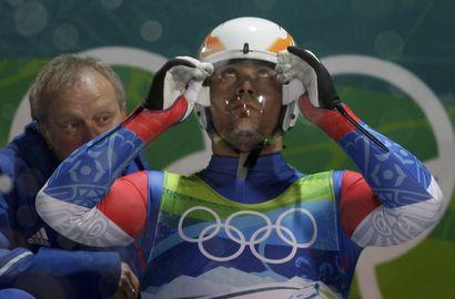 Альберт ДЕМЧЕНКО отстал от Армина Цоггелера всего на 0,03 секунды. Фото AFP Фото «СЭ»