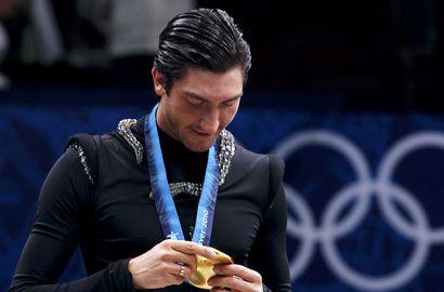 Олимпийский чемпион Ванкувера-2010 в мужском одиночном катании Эван ЛАЙСАЧЕК. Фото REUTERS Фото «СЭ»