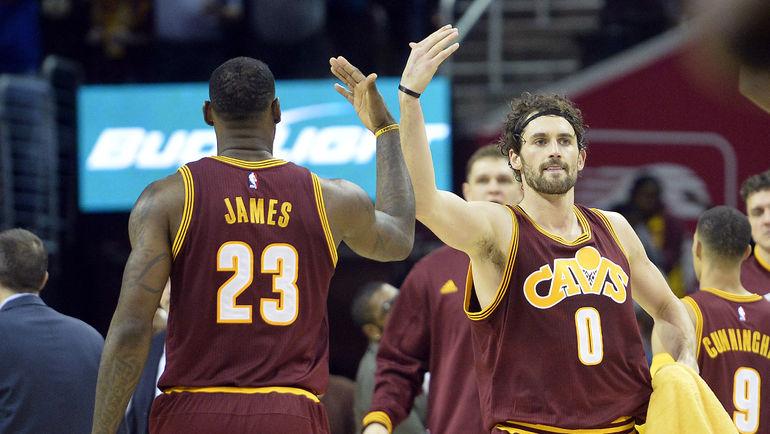 Леброн ДЖЕЙМС и Кевин ЛАВ. Фото USA TODAY Sports, AFP