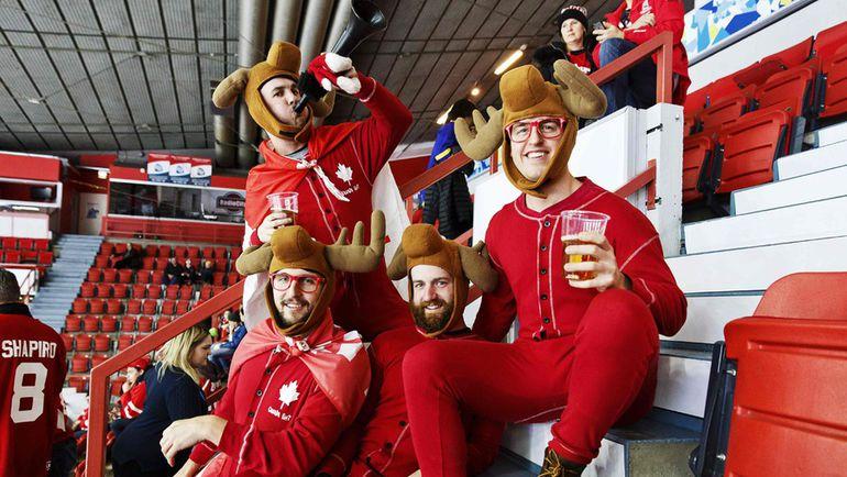 Канадские болельщики, посетившие МЧМ в Финляндии, преисполнены желанием приехать на чемпионат мира в Россию.