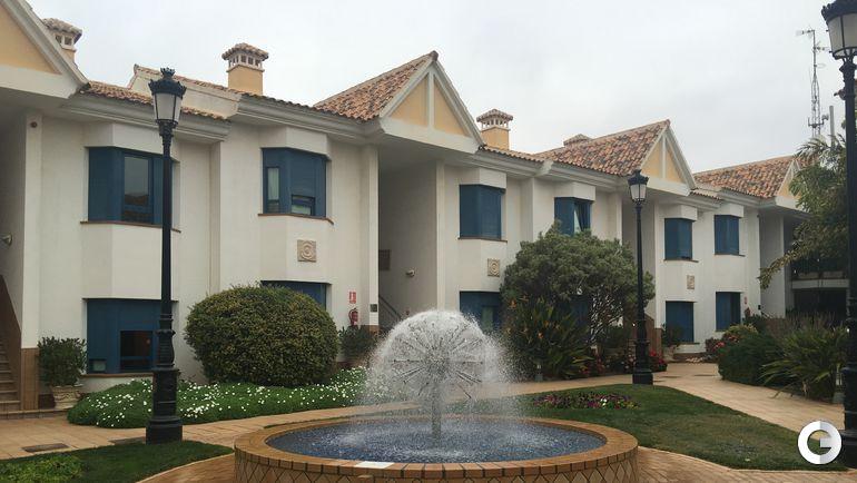 Территория отеля Отель Golf Campoamor.