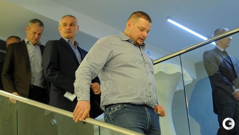 Сегодня. Олимпийский комитет России. Владимир Алекно и Юрий Маричев.
