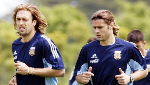 Габриэль БАТИСТУТА и Маурисио ПОКЕТТИНО в сборной Аргентины. Фото Reuters