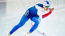Денис ЮСКОВ выиграл золотую медаль чемпионата мира в Коломне на дистанции 1500 м.