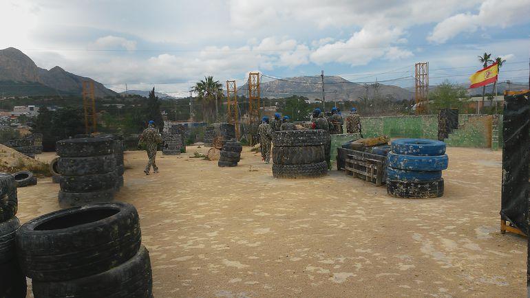 Пятница. Ла-Нусия. Зенитовцы занимают боевые позиции. Фото Сергей ЦИММЕРМАН, «СЭ»