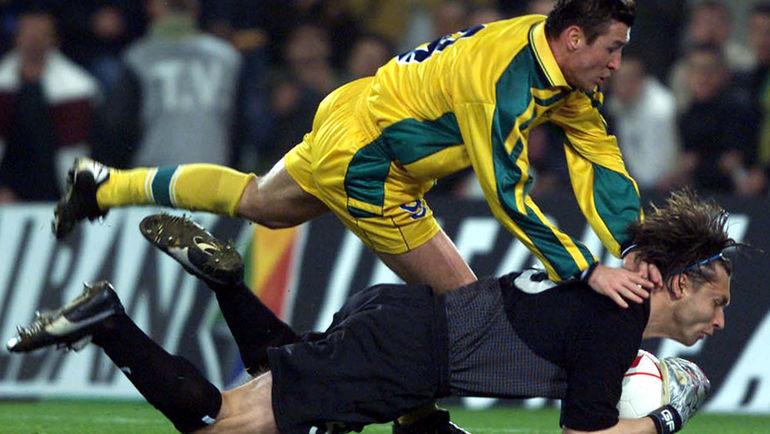 Сезон-2000/01, проведенный в Португалии, Сергей ОВЧИННИКОВ считает лучшим в своей европейской карьере. Фото REUTERS