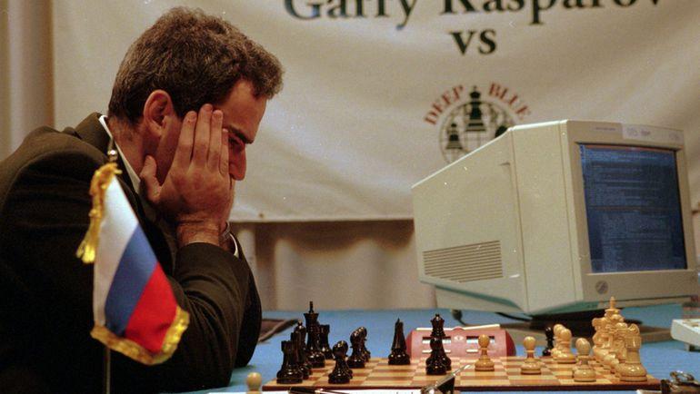1996 год. Гарри КАСПАРОВ в матче с Deep Blue. Фото АР