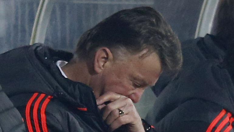 """Наставнику """"Манчестер Юнайтед"""" Луи ВАН ГАЛУ не нравятся пенальти, но пока он проигрывает в основное время. Фото Reuters"""