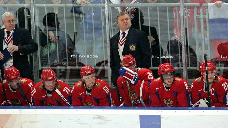 Владимир КРИКУНОВ и его команда. Фото Александр ВИЛЬФ