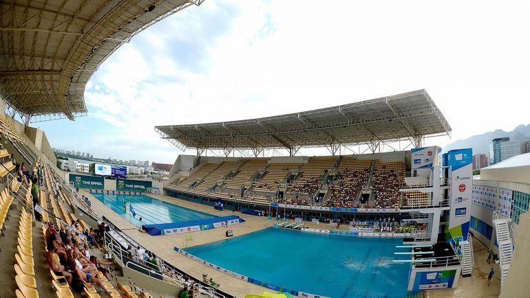 Российские прыгуны не освоились в открытом олимпийском бассейне. Фото fina.org