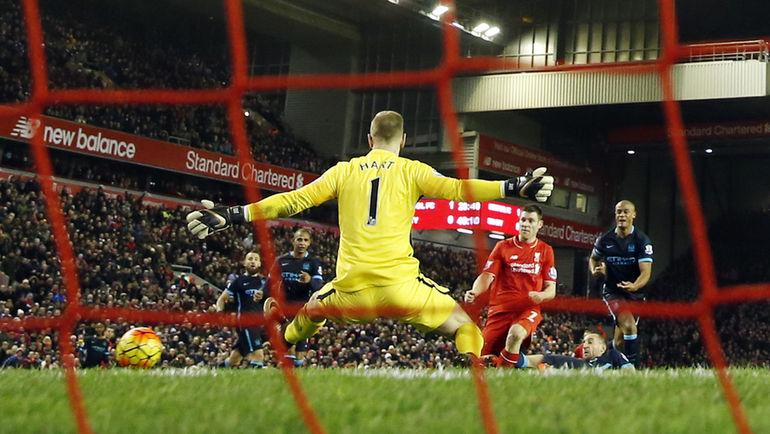 """Вчера. Ливерпуль. """"Ливерпуль"""" - """"Манчестер Сити"""" - 3:0. 41-я минута. Гол Джеймса МИЛНЕРА. Фото Reuters"""