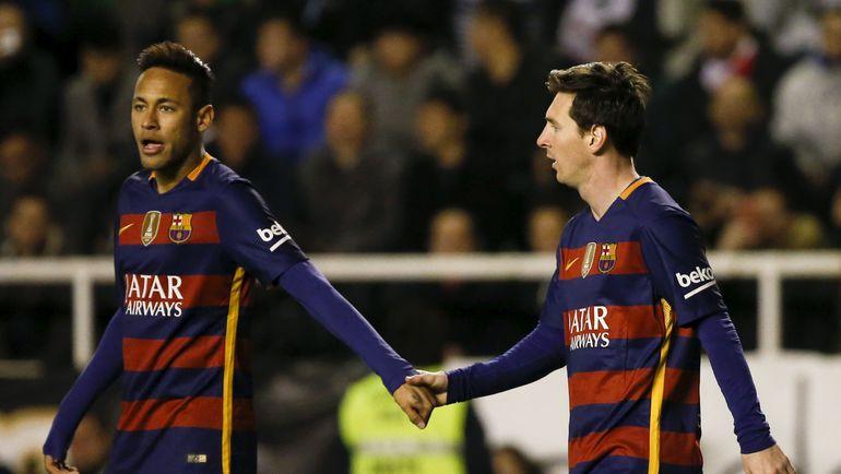 """Четверг. Мадрид. """"Райо Вальекано"""" – """"Барселона"""" – 1:5. НЕЙМАР и Лионель МЕССИ. Фото Reuters"""