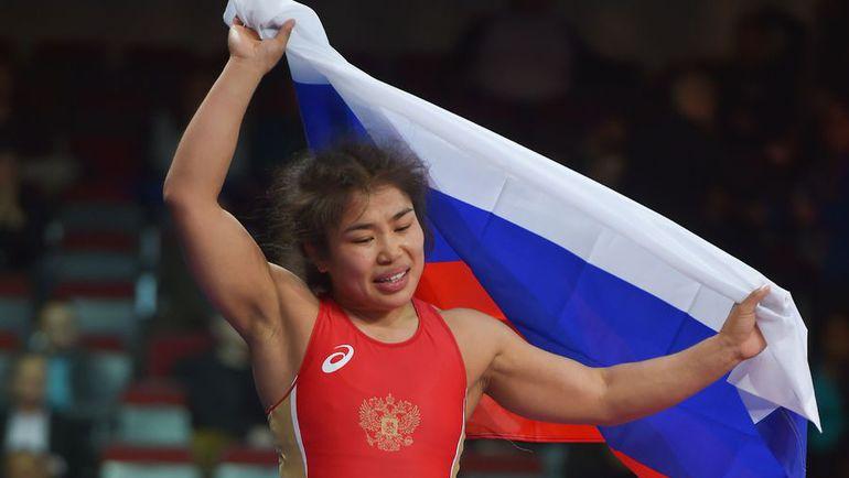 Ирина ОЛОГОНОВА празднует победу на чемпионате Европы. Фото AFP