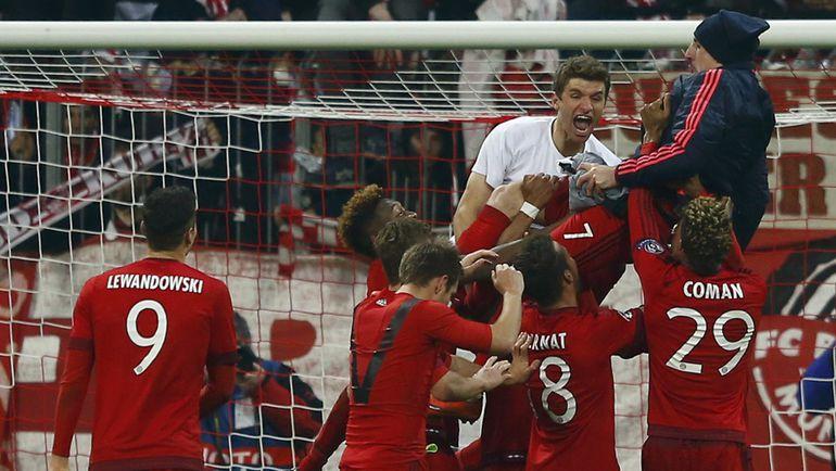 "Среда. Мюнхен. ""Бавария"" - ""Ювентус"" - 4:2. Игроки хозяев празднуют победу."