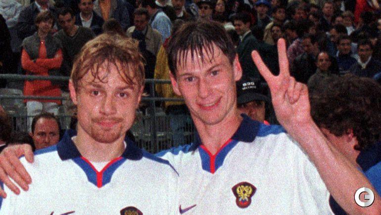 5 июня 1999. Париж. Франция - Россия - 2:3. Валерий КАРПИН и Егор ТИТОВ.